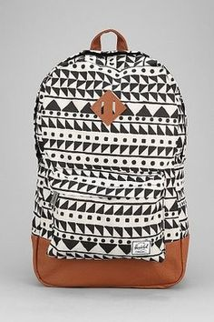 24614fa271 Herschel Psyche backpack Givted Chevron Bags