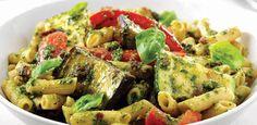 Recept voor geroosterde groenten met verse pasta en pesto