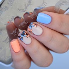 Floral nails🌸 using stamping plate off code Classy Nails, Stylish Nails, Cute Acrylic Nails, Acrylic Nail Designs, Thanksgiving Nails, Nagel Gel, Square Nails, Flower Nails, Nail Stamping