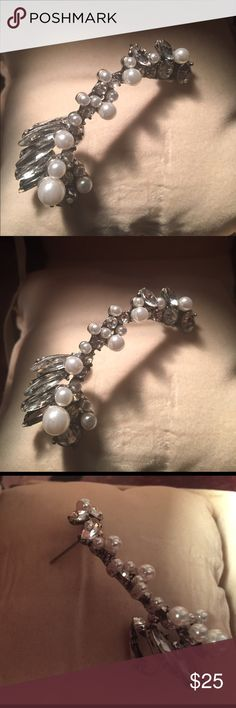 """Zara ear """"jacket/cuff"""" gemstone and faux pearl Zara silver and clear gem stone earring jacket/cliff worn once. In excellent conditions bought at Fashion Shoe mall In Las Zara Jewelry Earrings"""
