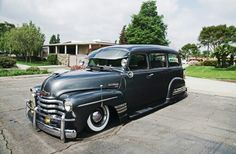 1948 Chevrolet Suburban.