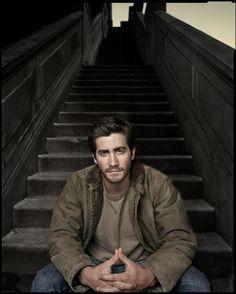 Jake Gyllenhaal by Dan Winters. This is stunning. Allane.<>