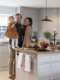 Interior Design Kitchen, Interior Decorating, Kitchen Designs Photos, Green Kitchen, Apartment Living, Home And Living, Home Kitchens, Living Room Decor, Shabby Chic