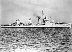Official photograph of destroyer USS Lansdale, Boston Harbor, 14 Oct. 1940. (US Navy photograph).