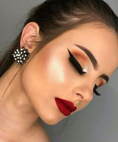 Amazing Wedding Makeup Tips – Makeup Design Ideas Glam Makeup, Makeup Inspo, Makeup Inspiration, Makeup Ideas, Makeup Tutorials, Makeup Set, Makeup Trends, Wedding Makeup Tips, Wedding Makeup Looks
