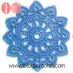crochet motif or doily, 5 rounds, see graph sunburst small doily Motif Mandala Crochet, Crochet Motifs, Crochet Flower Patterns, Doily Patterns, Crochet Squares, Crochet Granny, Crochet Designs, Crochet Flowers, Knitting Patterns
