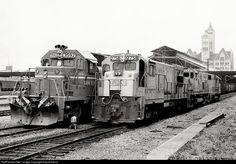 RailPictures.Net Photo: L&N 2758 Louisville & Nashville GE U23B at Nashville, Tennessee by David Harris