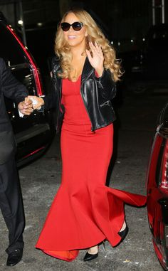 Mariah Carey was red hot at her Christmas Show in New York's Beacon Theater.
