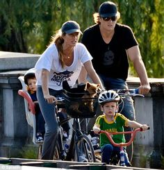 Gisele Bundchen and Tom Brady go out on a cycle ride  #celebrities