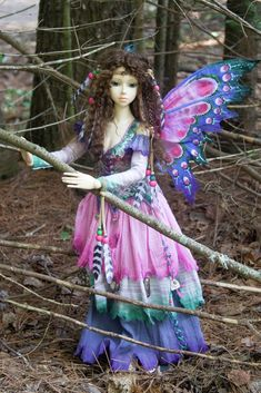This is another of the fairy outfits that went with me on vacation in the Summer of 2010. Each time I found a good setting, Ryung, who would still be in costume from the photo shoot at the last...