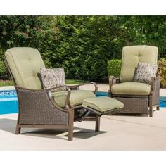 Hanover Ventura Reclining Wicker Outdoor Lounge Chair with Vintage Meadow Cushion Sunroom Furniture, Diy Outdoor Furniture, Wicker Furniture, Pallet Furniture, Furniture Ideas, Geek Furniture, Antique Furniture, Furniture Layout, Furniture Styles