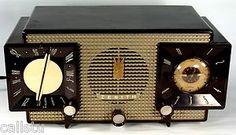 ZENITH J733 ART DECO TUBE RADIO ALARM CLOCK, 1950s, WORKS, WITH TUBE-LIFE SAVER