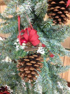Decoraciones de ornamento de la navidad por HolidayByGrace en Etsy