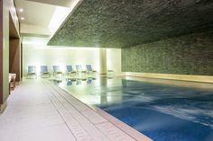 Hôtel Aigle des Neiges **** à Val d'Isère (Maranatha Hotels) - Deep Nature Spa, piscine / Swimming pool Hotel Ski, Val D'isère, Spa, Deep, Outdoor Decor, Nature, Home Decor, Eagle, Exterior Decoration