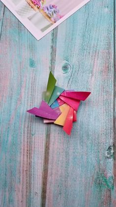 "Origami is not only an art, it is also a method of exercise. ""Origami is good for anyone, whether it is children, young people or the elderl. Origami Toys, Instruções Origami, Origami Paper Folding, Origami And Kirigami, Paper Crafts Origami, Paper Crafts For Kids, Diy Arts And Crafts, Creative Crafts, Origami Videos"