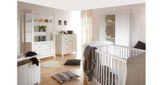 Dětský pokojík vybaven nábytkem z masivu