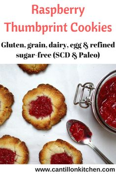 Raspberry Thumbprint Cookies - Delicious cookies filled with a quick raspberry jam all free from: gluten, grains, dairy and refined sugar. Raspberry Thumbprint Cookies, Cookies Ingredients, Yummy Cookies, Yummy Snacks, Tray Bakes, Thanksgiving Recipes, Sugar Free, A Food, Food Processor Recipes