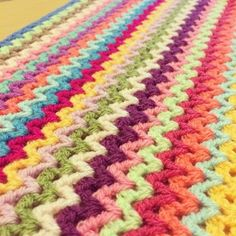 foreverautumn crochet vstitch...pretty stitch