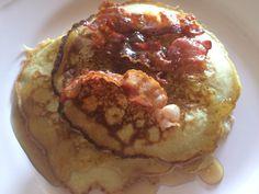 Pancakes sind die luftige Variante zu unseren guten alten Pfannkuchen. Ich mag beide gleichermaßen. Heute stelle ich euch ein Rezept für ganz einfache, klassische Pancakes vor – am besten mit…
