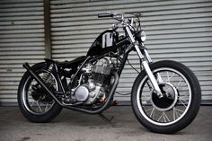 Yamaha SR 500 by Snug Motorcycles