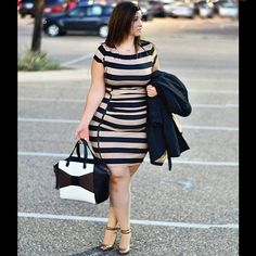 @sometimesglam being curvalicious! | Asymmetical zip stripe dress | Streetstyle #XOQ | ELOQUII.com