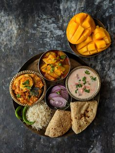 Indian Thali Meal Every region in India has its own version of thali meal. We have got for you 10 Indian thali meal ideas for every day meal menu. Vegetarian Lunch, Vegetarian Recipes, Cooking Recipes, Meal Recipes, Rice Recipes, Dessert Recipes, Veg Thali, Punjabi Food, Good Food