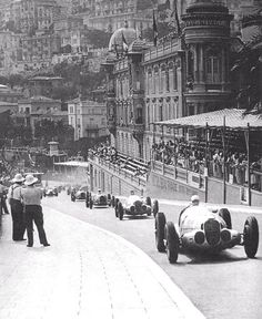 1937, Grand Prix de Monaco  Rudolf Caracciola Mercedes W125. Pole ,Fastest lap and Podium : 2º.