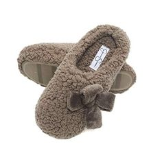 Jessica Simpson Womens Plush Marshmallow Slide On House Slipper Clog with Memory Foam Cute Slippers, Slippers For Girls, Baby Slippers, Womens Slippers, Jessica Simpson Slippers, Acorn Kids, Cotton House, Bedroom Slippers, Fashion Slippers