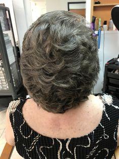 Feathered Hairstyles, Bob Hairstyles, Hair Styles 2014, Short Hair Styles, Bouffant Hair, Fluffy Hair, Mature Fashion, Long Bob, Great Hair