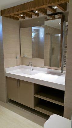 #banyo dekorasyonu #banyo tasarımı #şık #özel tasarım banyo tezgahı #banyo dolabı #ferah #modern banyo #akrilik banyo tezgahı banyo aynası Inner World, Bathroom Design Small, Dream Bathrooms, Interior And Exterior, Living Spaces, Old Things, Mirror, Furniture, Home Decor