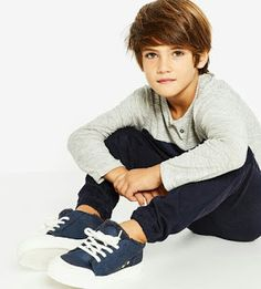 Jan 2017 - Image 1 of Contrast jogging trousers from Zara Fashion Kids, Baby Boy Fashion, Fashion Check, Zara Kids, Boy Models, Child Models, Outfits Niños, Kids Outfits, Fashion Trends 2018