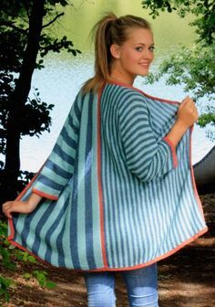 Strickanleitungen Online - Knitting and Crochet Baby Knitting Patterns, Crochet Poncho Patterns, Knitted Poncho, Arm Knitting, Cardigan Casual, Crochet Pullover Pattern, Knitting Accessories, Costume, Vest