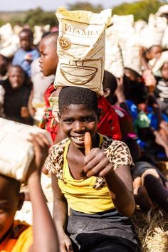 Feed the children in Malawi, 1 bag of Vitameal feed 30 children! Hungry Children, Muscle Function, Pantothenic Acid, Best Foundation, Vitamins And Minerals, Nu Skin, Collections, Socialism, Social Networks