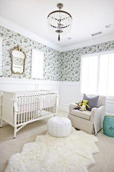 rug, baby girl rooms, wainscoting, chandeliers, girl nurseries, wallpapers, baby girls, vintage girls, design