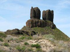 Twin Sisters Rock - on the Columbia River at Wallula Gap - Walla Walla County, Washington