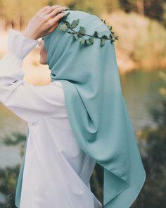 Modern Hijab Fashion, Muslim Women Fashion, Hijab Fashion Inspiration, Hijabi Girl, Girl Hijab, Hijab Dp, Hijab Niqab, Stylish Hijab, Hijab Chic