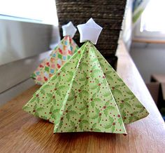 Origami Christmas Tree with star