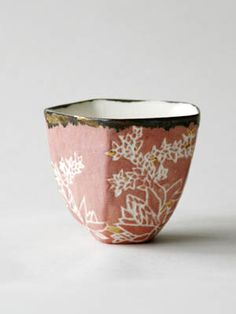 Small pink cup - Pauline Georgeault - exhibition Parisian Gardens - Gallery of the Godmother