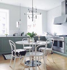 Fjäråskupan - Aero - Rostfritt - Grön - Kök - Kitchen - Ilve - Kakel - Tile - Bistro - Klassiskt -