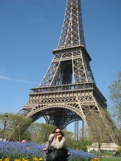 Oh, la, lá, París, Je t'aime! Una clásica vista de la Torre Eiffel! París, Francia!