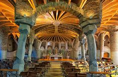Church of Colònia Güell - gaudi Antoni Gaudi, Place Of Worship, Gothic Art, Barcelona Spain, Contemporary Architecture, Barcelona Cathedral, Art Nouveau, The Incredibles, World
