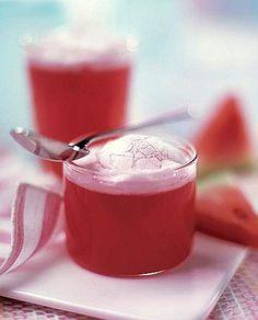 Homemade Watermelon Jello - Gelatina di anguria meringata