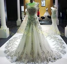 2014 Luxurious crystal V neck Wedding dress empire beads Wedding gowns sequin beads embroidery bridal gown long royal train