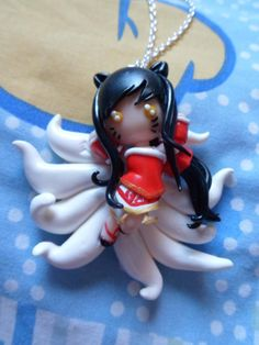 League of Legends  Ahri necklace by elrincondereiko on Etsy, €20.00
