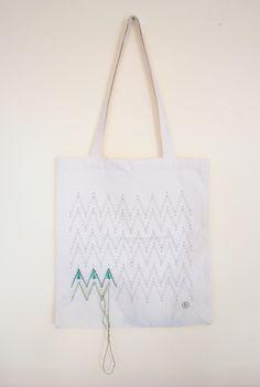 Motifs Aztèques, Textiles, Kit, Coton Bio, Candid, Reusable Tote Bags, Etsy, Embroidery, Pretty Patterns
