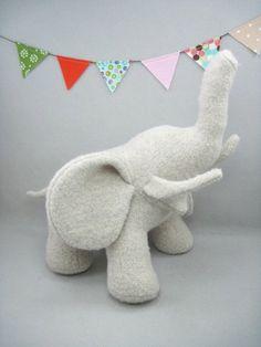 Wool elephant