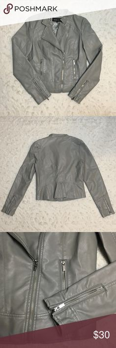 NWOT Black Rivet Faux Leather Gray Moto Jacket Perfect jacket to add to your fall wardrobe! Stylish moto style Jacket with zippered sleeves. New without tags. No flaws, just bought & never worn. Measurements laid flat: width 17 in, shoulder to hem 21 in, sleeves 18.5 in. Reasonable offers welcomed! 🌿 Black Rivet Jackets & Coats