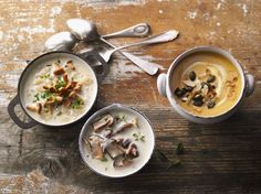 3 köstliche Pilz-Gerichte aus dem neuen Buch von Stevan Paul: eine köstliche Kartoffelsuppe mit Pfifferlingen, eine legierte Steinpilzsuppe und die Spezialiät aus der Pfalz – Grumbeerwaffele mit Sahnepfifferlingen