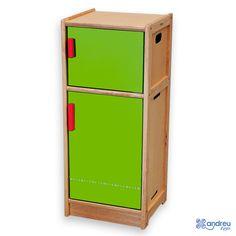 Frigorífico Andreu Toys - Ref. 16015 Estupendo frigorífico de construcción sólida y diseño moderno. Con dos compartimientos, nevera y congelador.    Medidas: 40 x 36 x 92 cm