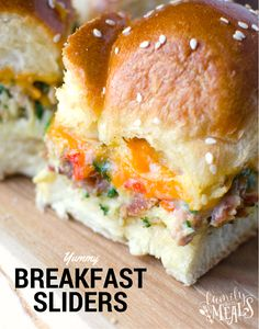 These Breakfast Sliders have all the ingredients of a great breakfast sandwich, in handy slider form. Eggs, cheese bacon and peppers!